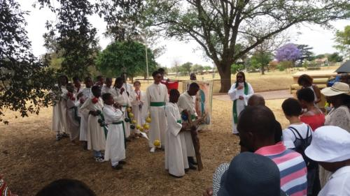 Rosary at Lake - St Patrick's La Rochelle - Mission Month (25)
