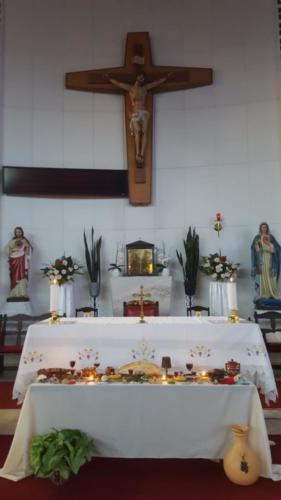 Holy Thursday - St Patrick La Rochelle (1)